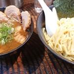 瞠 - チャーシューつけ麺。