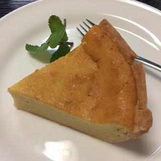 フランボワーズ - 料理写真:チーズケーキ