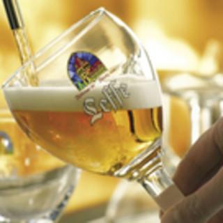 日本チャンピオンが注ぐ樽生ベルギービールは格別