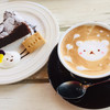 アールカフェ - 料理写真:自家製ケーキ、カフェラテ