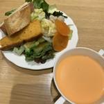 In The Garden 135 - セルフサービスの副菜&スープ