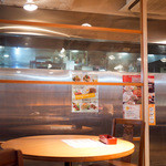 コカレストラン&マンゴツリーカフェ -