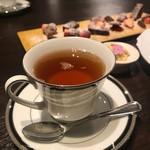 エス小林 - ここの紅茶美味しいです!!