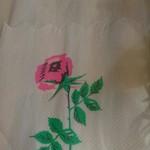 106905959 - 薔薇プリントのペーパーナプキン