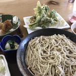 花いかだ - 味噌こんにゃく、天ぷら盛り合わせ、せいろそば