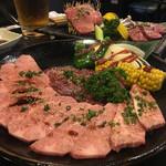 焼肉 舎人 - 料理写真:
