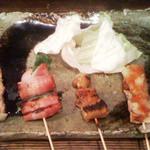 Marumi - 左から『鶏身』、『トマトのベーコン巻き』、『豚足』、『豚バラ』