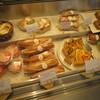メゾン・カイザー - 料理写真:美味しそうなパン