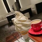 カフェドミキ - 美味しいソフト
