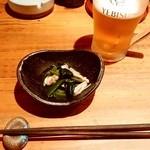 串焼とこころ 克 - 串焼とこころ 克@新潟 生中ジョッキとお通し(アサリ・青菜)