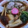 醤油屋本店 - 料理写真:萬字ラーメン 756円