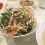 シンミジョウ - ランチのサラダ