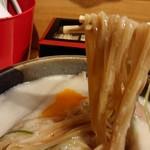 大阪麺哲 - 「大山」の麺のアップ