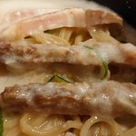 大阪麺哲 - 「大山」のチャーシューのアップ