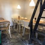 ICE kitchen 坂の下アジアンカフェ - 離れには古民家スペースがあるんです♪1F