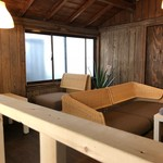 ICE kitchen 坂の下アジアンカフェ - 離れの古民家スペース2F ゆったりソファ席