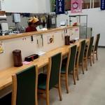 農協食堂 - カウンター席(開店直後)