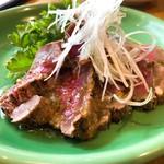 肉バル アンカーグラウンド - 炙り牛ヒレネギ塩だれ