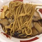 肉そばけいすけ - 中太麺