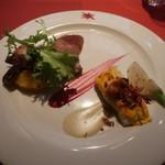 スペインクラブ銀座 - ヒラメの蒸し焼き スパークリングワインのソースとイベリコ豚の肩ロースとセクレタ シェリー酒のソース
