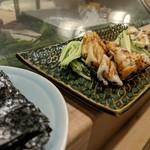 かまくら小花寿司 - 穴子白焼き&タレ焼き 焼き海苔を巻いて頂きます