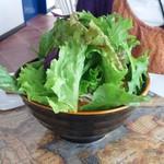 海辺のCafeかぬたん - 野菜たっぷり坦々沖縄そば
