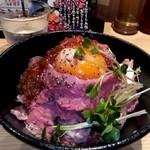 ローストビーフ油そば ビースト - ローストビーフ丼1200