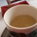 BUND CAFE - アップです。