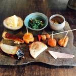 ルナパルパドス - 料理写真:前菜色々