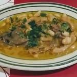 ペルテ - 牛ハチノスとギアラと白いんげん豆の煮こみ