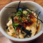 焼肉と鍋料理 錦平 - 韓風冷奴400円