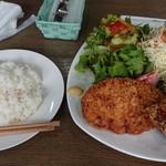 キッチン 新葉 - 料理写真:メンチカツと唐揚げ
