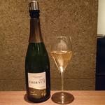 ワインと天ぷら マエヤシキ - ドリンク写真: