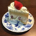 107015779 - ショートケーキ(650円)
