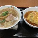 餃子の王将 - 料理写真:天津飯セット+(こってりラーメン変更)♡ ¥797+¥100(税抜)