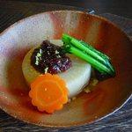 蕎麦十九 夢玄 - 大根、人参、小松菜の煮物 素材の味が出てました