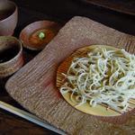 蕎麦十九 夢玄 - 蕎麦3種の1品目 梯 皮なし十割そば