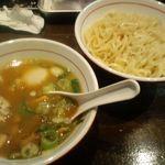 麺屋社中 - 魚鶏つけ麺味玉入り¥880