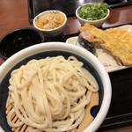 丸亀製麺 - ざるうどん(大)とサイドメニュー