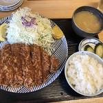 とんかつ 鉄 - 料理写真:特上ロースかつ定食@2,000円