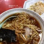 蘭香園 - 料理写真:半炒飯ラーメン 750円
