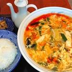 美華 - 酸辣湯麺+ライス