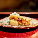 二条城ふる田 - 京都塚原の筍の炭火焼き、 蕗と片栗の花の白和え