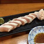 遠州屋本店 高尾 - 料理写真:鳥わさ¥450