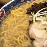札幌味噌らーめん たら福 - たまご麺
