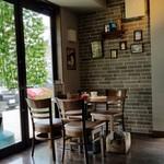 CARI cafe - ステキな店内です