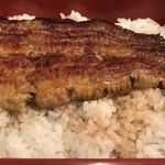 107065451 - 鰻重定食のうなぎとご飯