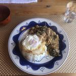 遊帆 - 料理写真:ガパオライスと野菜スープ