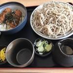 純手打蕎麦処 真人 - 料理写真:ヒレカツ丼セット。