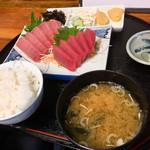 石橋 - 料理写真:まぐろ定食1500円